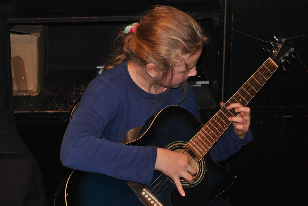 06-nauka-gry-na-gitarze