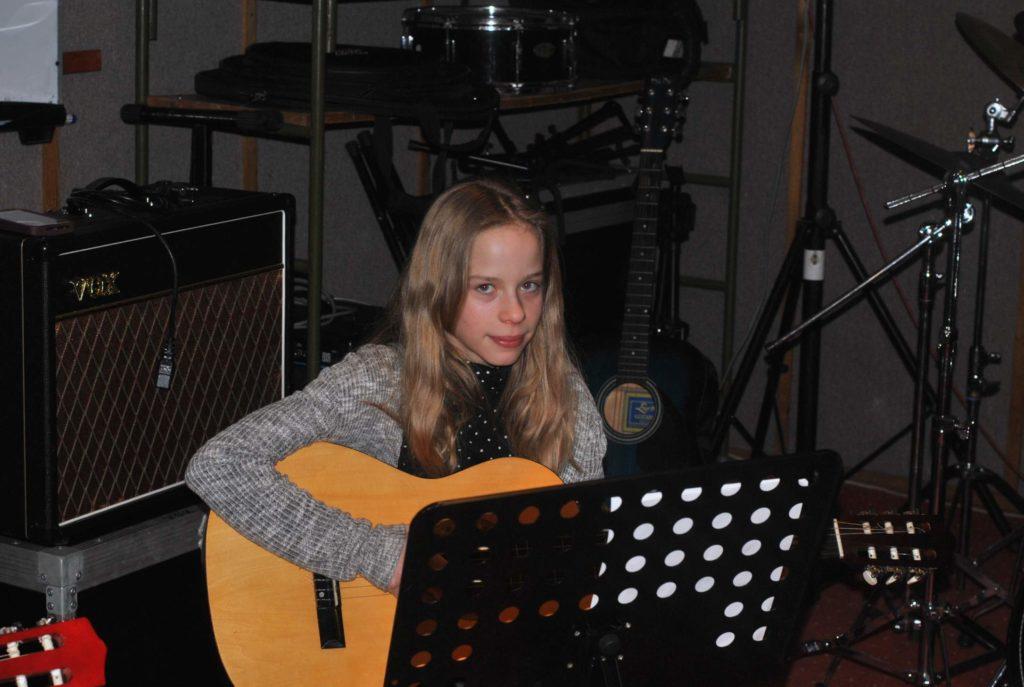 03-nauka-gry-na-gitarze