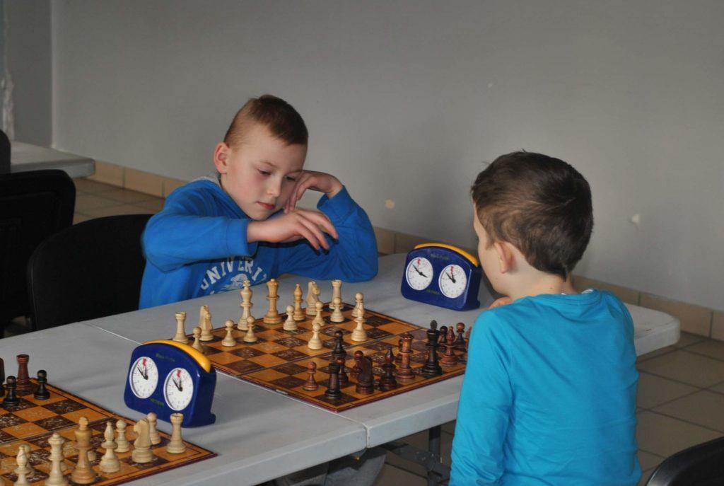 07-szachy