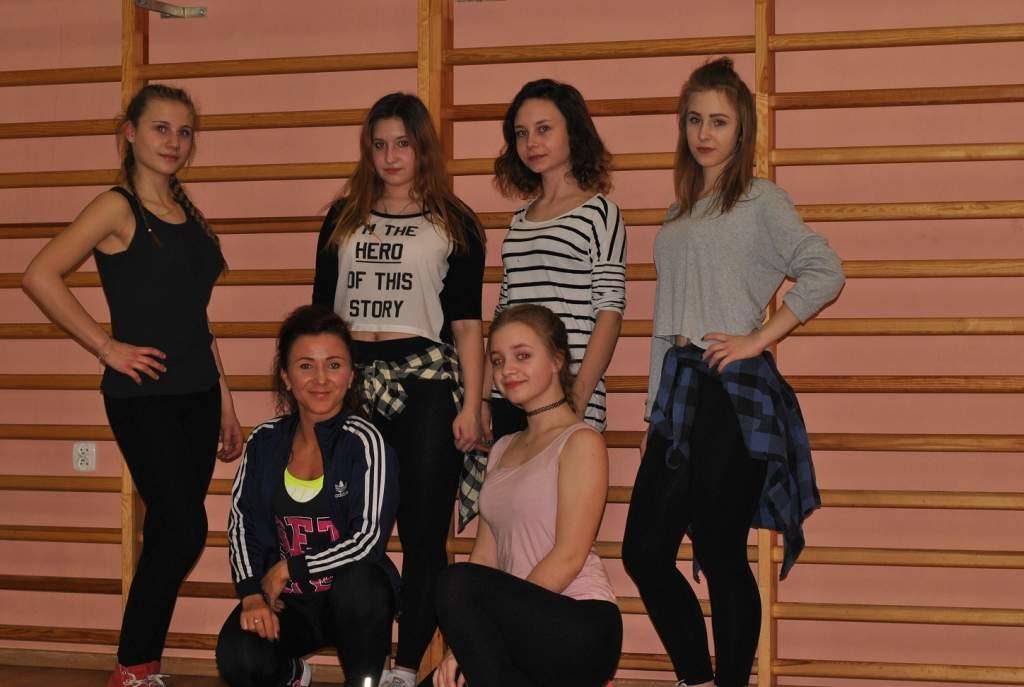 Zajecia-taneczne-13+-PCKiS-06